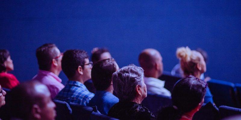 pexels luis quintero 2774556 800x400 - How to Make Family Movie Night Fun
